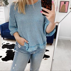 Umgee blue white knit distressed 3/4 sleeve top